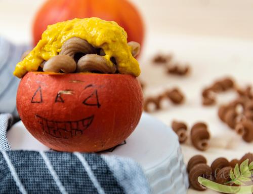 Halloween-Nudeln mit Kürbis für die Kleinsten