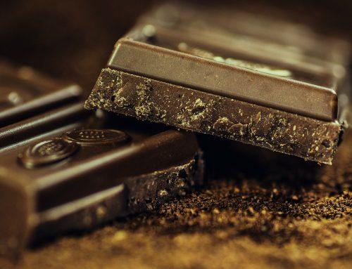 Schokolade selber machen – zuckerfrei und vegan für Pralinenhohlkörper